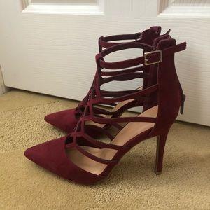 Wild diva burgundy heels, brand new!
